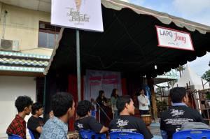 Foto: Istimewa Acara markombur di Jong Bataks Arts Festival di Taman Budaya Medan, Kamis (30/10).