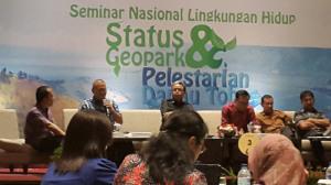 seminar-status-geopark-danau-toba